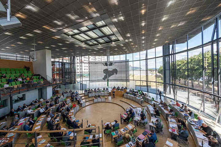 Die Wahl könnte den Landtag von Sachsen gehörig durcheinanderwirbeln.