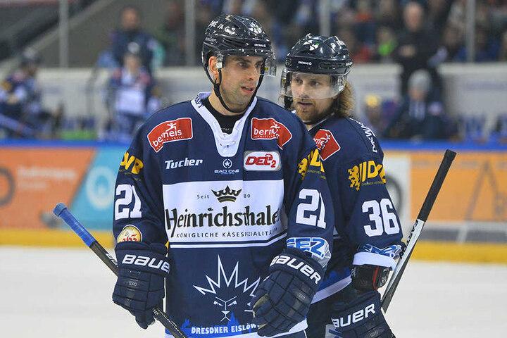 Die Dresdner ließen gegen Heilbronn einfach zu viele Gegentore zu, nutzen eigene Chancen nicht. Hier Alexander Höller und René Kramer (links) bei einer frühren Begegnung.
