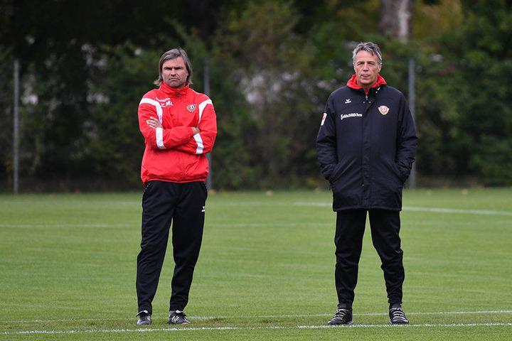 Auch der zweite Co-Trainer und U19-Coach Matthias Lust (li.) bleibt.