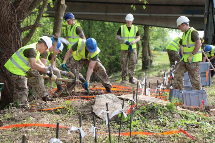 Die Vorbereitungen für die Ausgrabungen waren am Donnerstag abgeschlossen.