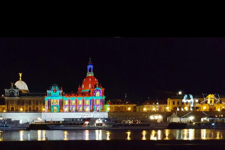 Einen kleinen Licht-Vorgeschmack gab es auch in Dresden am Mittwoch ... Beim Dresdner Stadtfest wird's auch hell am Wochenende!