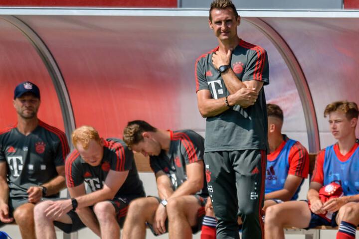 Miroslav Klose konnte bei seinem Debüt als B-Junioren-Coach einen Sieg feiern.