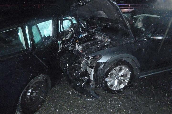 Durch Starkregen gab es auf der A4 bei Ronneburg mehrere Unfälle.