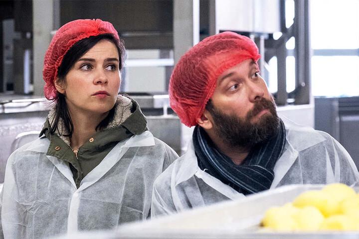 Kira Dorn (Nora Tschirner, 37) und Lessing (Christian Ulmen, 42) ermitteln in einer Kloßfabrik und rühren dabei in zwielichtiger Familiensuppe.