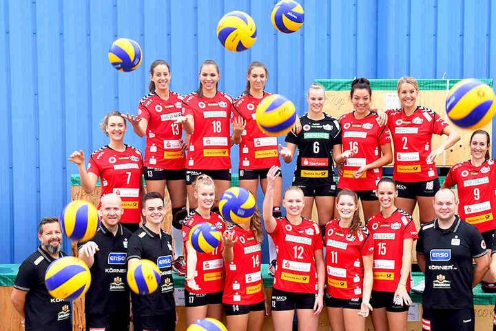 Für Barbara Wezorke (Nummer sieben, links) geht's genau wie für ihre Teamkollegin Stigrot nach Japan.