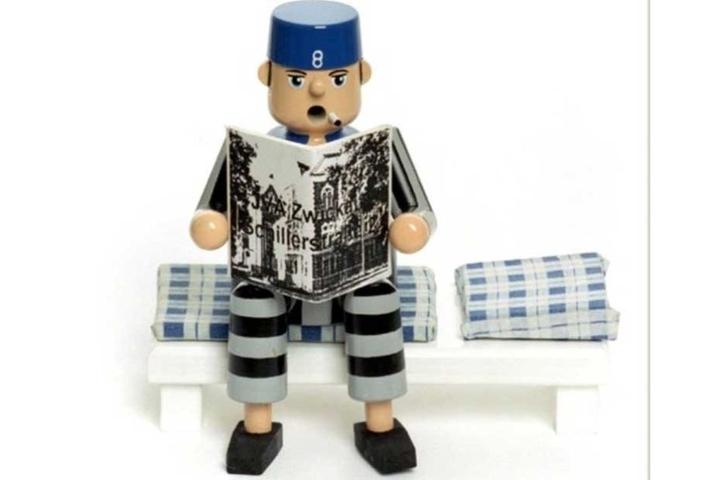 """Auch dieser außergewöhnliche Räuchermann entstand in """"Knastarbeit"""". Er wird unter anderem im Online-Shop Gitterladen verkauft."""