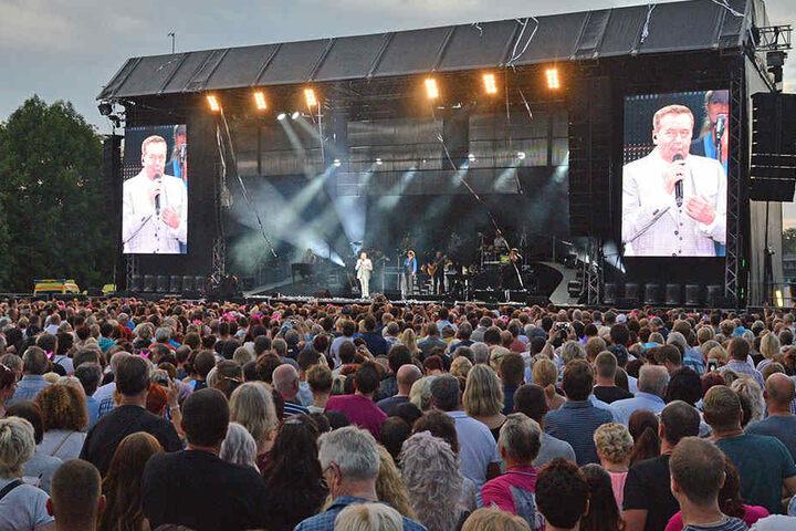 Proppenvoller Hartmannplatz: Roland Kaiser begeisterte im Sommer 2018 mehr als 11.000 Fans.