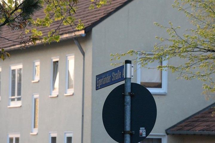 Der Tatort liegt an der Egerländer Straße in Gütersloh.