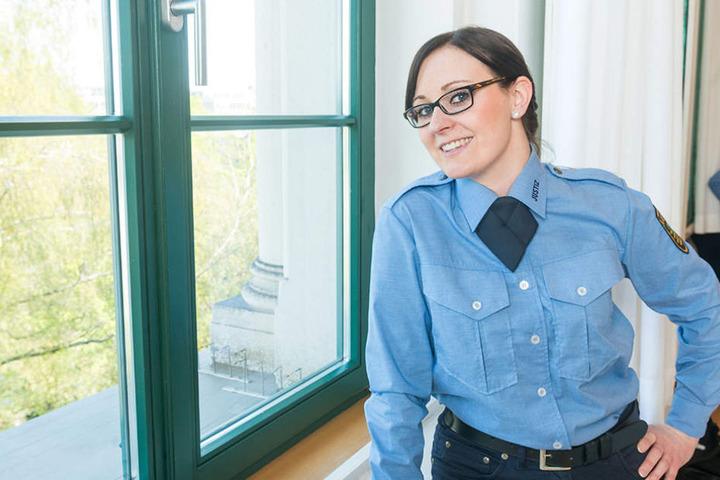 """Lisa Pötschke (26) ist Zahnarzthelferin und Dialyseschwester. """"Eine Weiterbildung war nicht mehr möglich. Daher wollte ich zur Justiz. Das ist sehr beeindruckend. Ich konnte mir vorher gar nicht vorstellen, wie es im Gefängnis ist."""""""