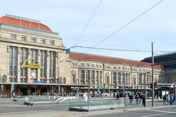 Der Vierbeiner ist aktuell bei der Bundespolizei am Hauptbahnhof Leipzig.