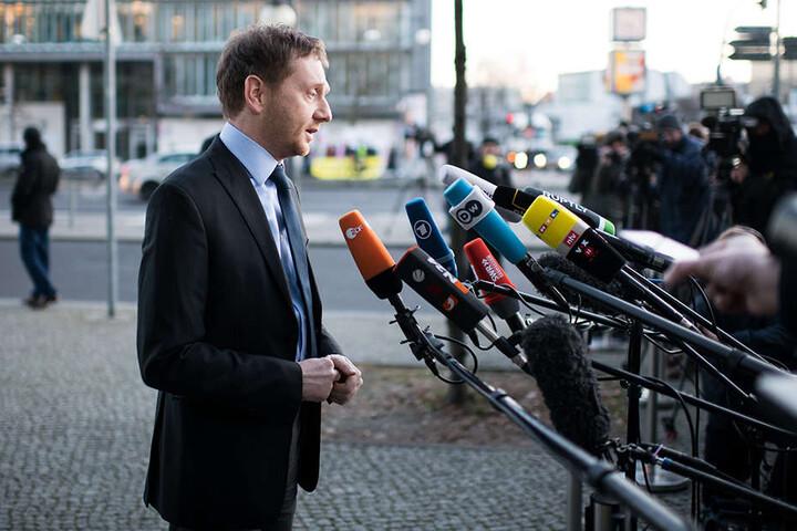 Ministerpräsident Michael Kretschmer (42, CDU) sorgt mit seinen Äußerungen in Berlin für Misstöne in Sachen Finanzen.
