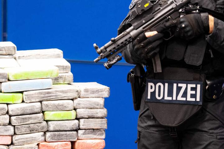 Die Polizei hat einen international agierenden Drogenring zerschlagen. (Symbolbild)