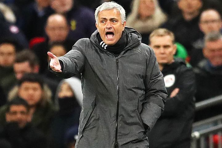 Auch der gerne gegen Schiedsrichter stichelnde Jose Mourinho muss künftig vorsichtig sein.