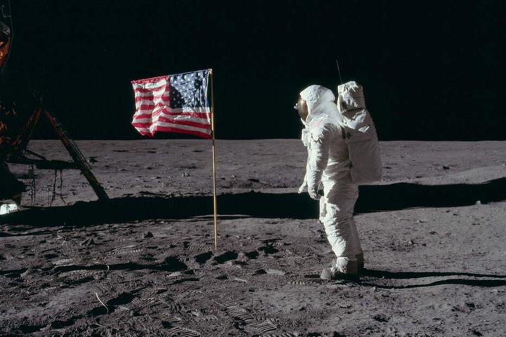 """Apollo-11-Astronaut Edwin """"Buzz"""" Aldrin war der zweite Mann auf dem Mond."""