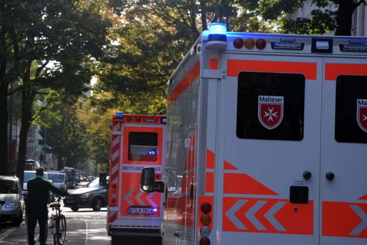 In Köln wurde ein Mann bei einem Messerangriff schwerstverletzt.