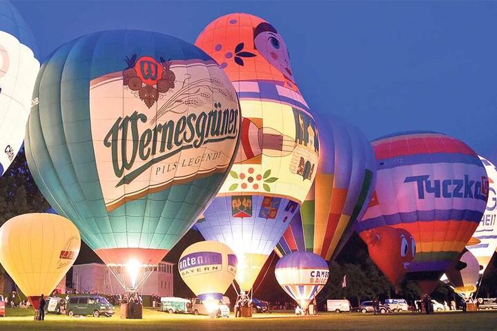 Das Chemnitzer Ballonfest auf der Küchwaldwiese ist eines der letzten großen Volksfeste der Stadt.