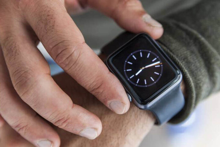Chip oder Unruh? Die Uhrmacher schauen wegen der Smartwatches in eine  ungewisse Zukunft.