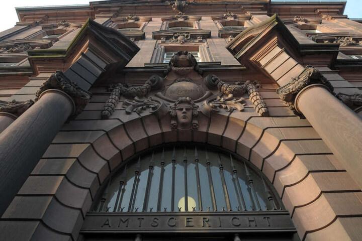 Der 38-jährige falsche Psychotherapeut muss sich vor dem Amtsgericht in Mannheim verantworten. (Symbolbild)