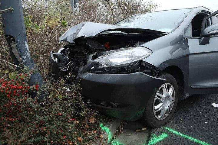 Der Wagen wurde erheblich beschädigt.