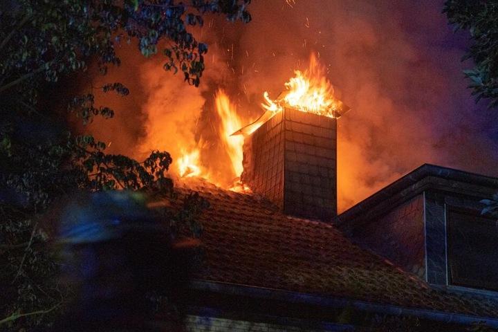 Der Dachstuhl des Hauses wurde fast komplett zerstört.