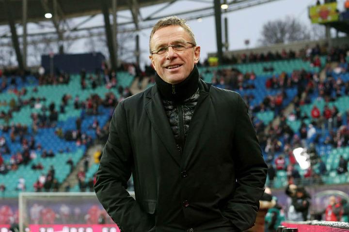 Will sich im Winter gern noch verstärken: Trainer und Sportdirektor Ralf Rangnick.