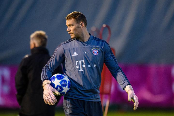 Manuel Neuer muss mit den Bayern in der Champions League gegen AEK Athen ran.