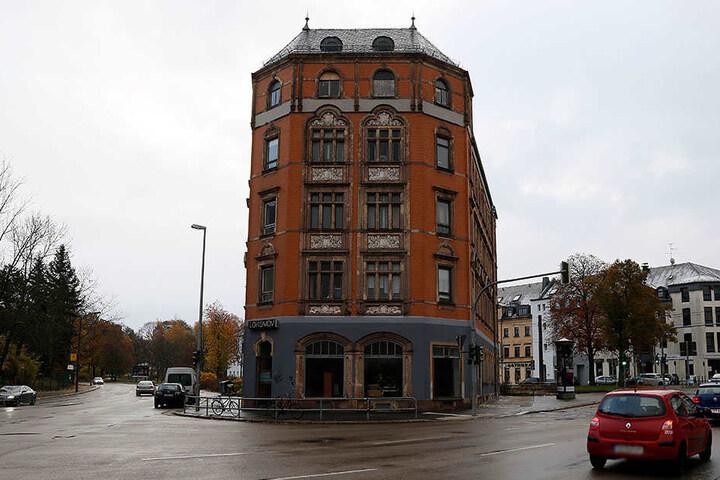 Es war nicht der erste Anschlag auf das Chemnitzer Lokomov.