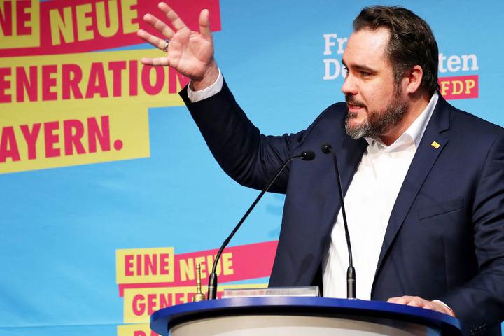 Bayerns FDP-Chef Daniel Föst rechnet für seine Partei mit einer rosigen Zukunft. (Archivbild)