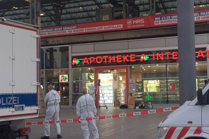 Die Apotheken-Angestellte, die der Täter als Geisel nahm, war ein Zufallsopfer.