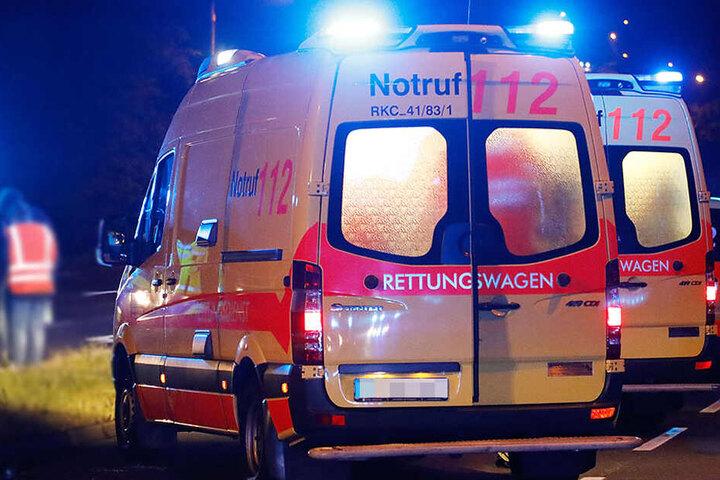 Vier Verletzte gab es bei der Auseinandersetzung in der Nacht zum Sonntag.