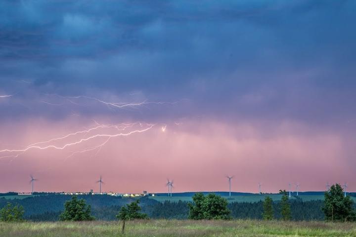Das schweres Gewitter zog am Donnerstagabend über die Region Südwestsachsen.