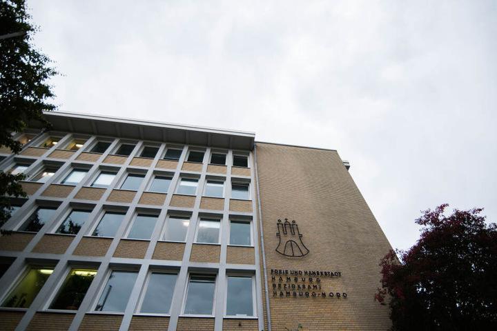Blick auf das Gebäude des Bezirksamts Nord in Hamburg.
