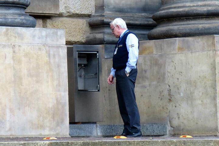 Unbekannte sprengten in der Silvesternacht den Frist-Briefkasten des Bundesverwaltungsgerichts.