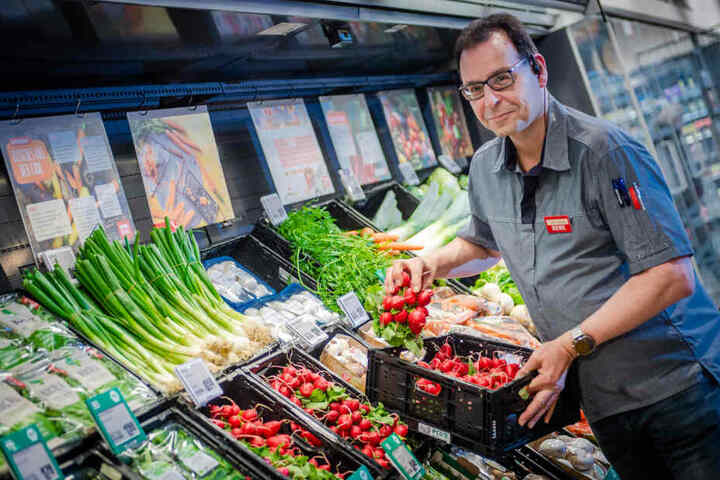 Jens Zuttmann ist der Spezialist für frisches Gemüse.