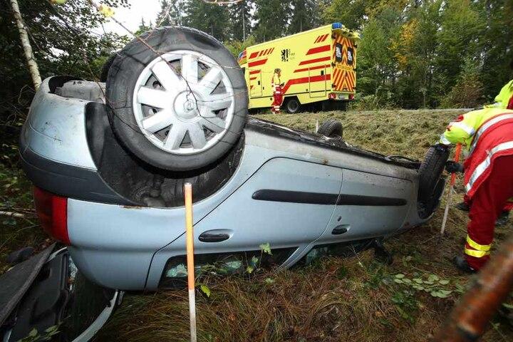 Jetzt ermittelt die Polizei zur genauen Unfallursache.