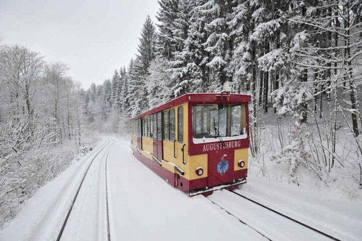 Vorerst kann die Bahn wieder fahren, allerdings nicht im regelmäßigen Betrieb.