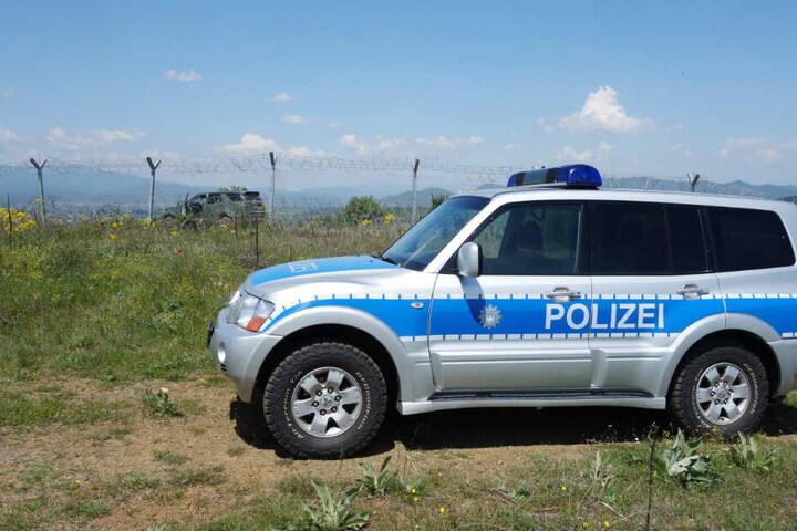 Nachdem die Polizei sich telefonisch bei dem Piloten meldete, klärte sich alles auf. (Symbolbild)