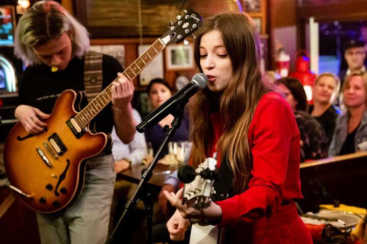 Sängerin Jade Bird