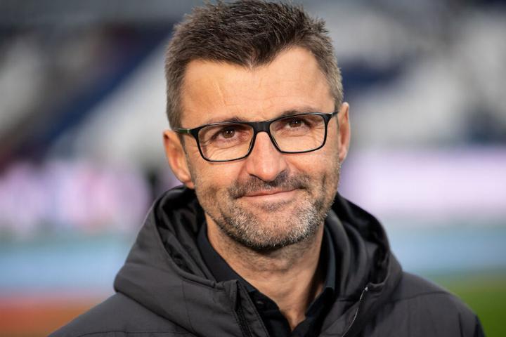 FCN-Trainer Michael Köllner befand sich mit dem Club auf dem Weg Richtung 2. Liga. (Archivbild)