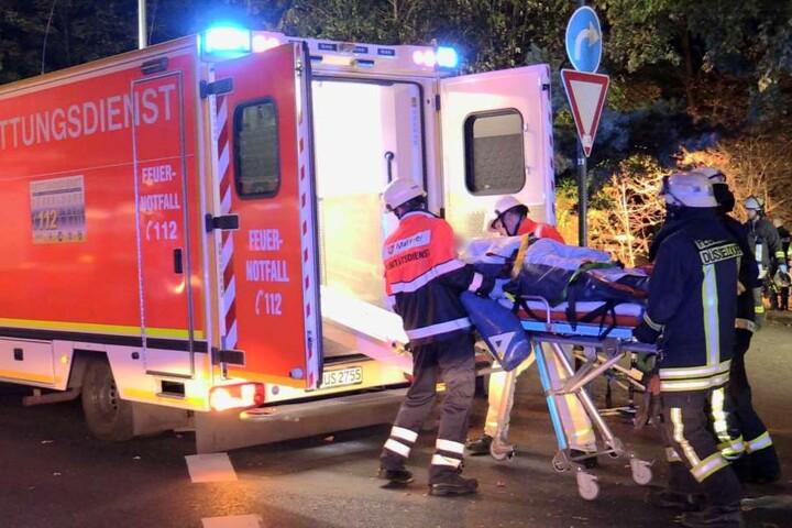 Zahlreiche Feuerwehr- und Rettungskräfte waren im Einsatz.
