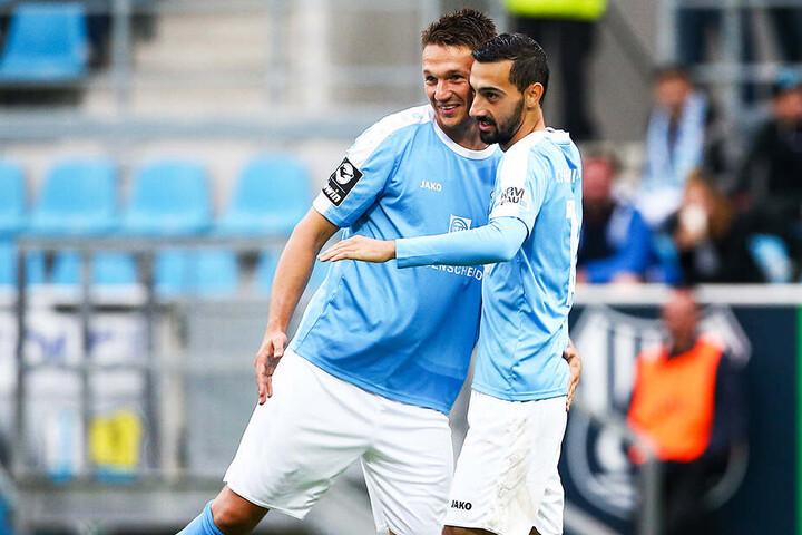 Rafael Garcia (r.) traf doppelt für den CFC, Daniel Frahn brachte die Himmelblauen in Führung.