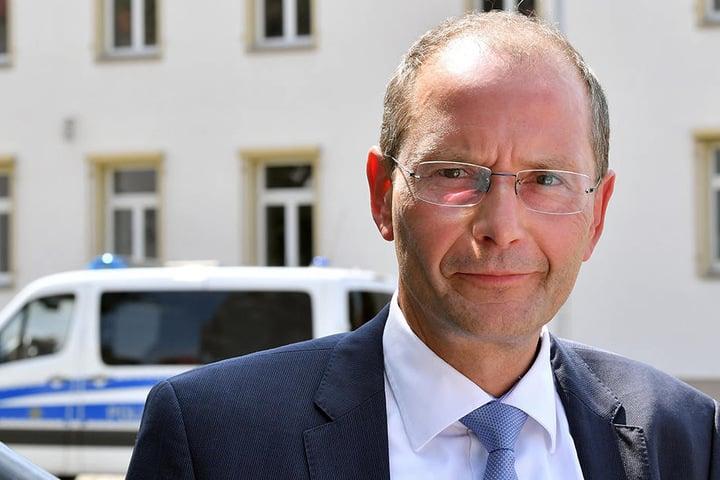 Auch Innenminister Markus Ulbig (53, CDU) lehnt den Antrag ab.