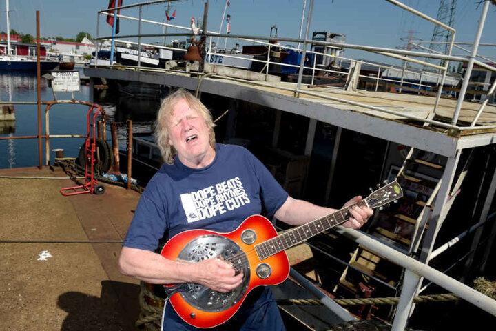 Schlagersänger Gunter Gabriel (†) hat jahrelang auf seinem Hausboot im Harburger Hafen gelebt.
