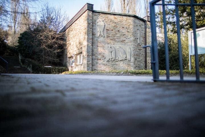 Auf einem Friedhof in Bochum geschah das Verbrechen.