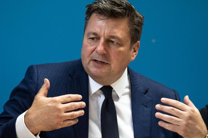 Innensenator Andreas Geisel (SPD) sollte sich am Montag zu den Vertuschungsvorwürfen äußern.