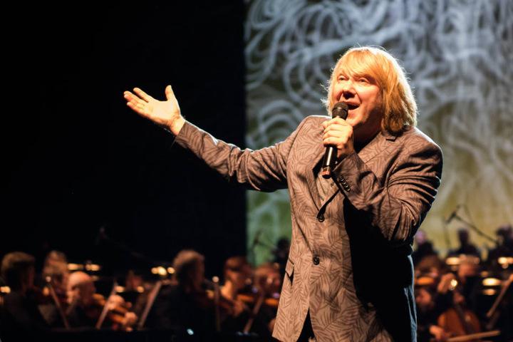 """Prinzen-Sänger Tobias Künzel (54) singt mit """"Maschine"""" ein Duett."""
