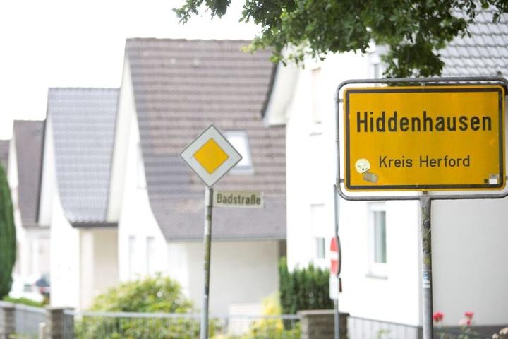 Die Leiche wurde auf einer Kreuzung in Hiddenhausen gefunden. (Symbolbild)