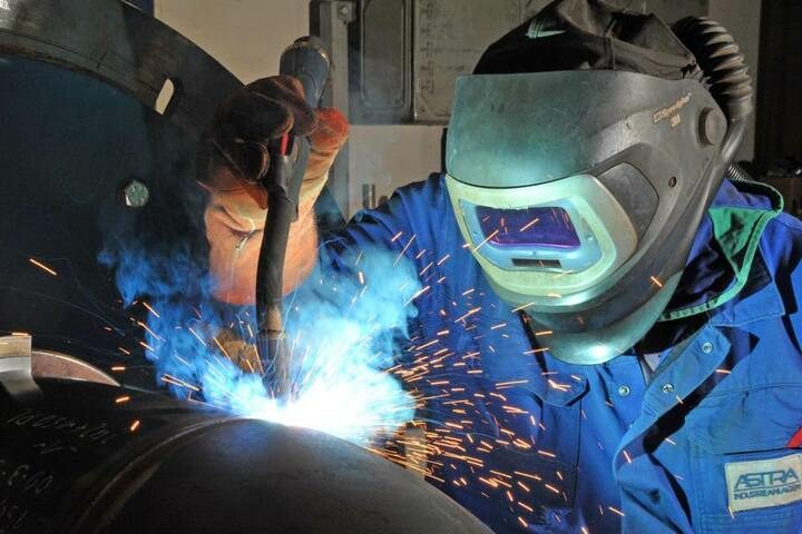 Die Astra Industrieanlagen GmbH beschäftigt 46 Mitarbeiter und erwirtschaftet  5,5 Millionen Euro Umsatz.