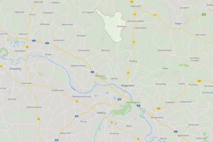 In Bayern ist es bei Achslach im Landkreis Regen zu einem tödlichen Drama gekommen.
