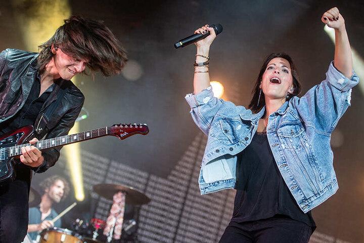 Einen rockigen Auftritt legte Silbermond um Sängerin Stefanie Kloß (34) hin. Zur Open-Air-Tour 2020 kommt die Band ans Dresdner Elbufer.